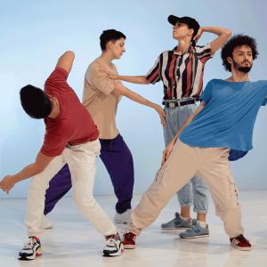 Танцови маниаци